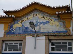 Painel de Azulejos: Nome da Estação - Vale do Peso   Flickr – Compartilhamento de fotos!