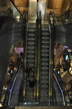 Harrods Escalators www.vacuumelevators.com #PneumaricVaccum #Elevators