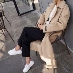 camel coat   black pants   white sneakers