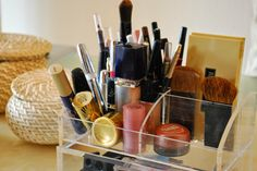 Ordnung zu Hause : Kosmetikpinsel reinigen - Iby Lippold household tips: Clean cosmetic brushes