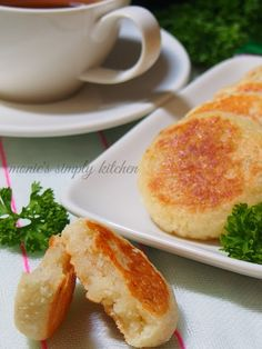 Indonesian Cuisine, Asian Recipes, Ethnic Recipes, Traditional Cakes, Snack Recipes, Snacks, Glutinous Rice, Cake Cookies, Food Photography