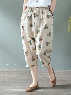 Lisa Elight pants made of cotton and linen . Cropped Linen Trousers, Linen Pants Women, Pants For Women, Clothes For Women, Fashion Pants, Fashion Models, Fashion Outfits, Rock Dress, Kurta Neck Design