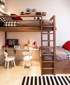 Projeto incrível by Suite Arquitetos. {Quem mais precisa aproveitar cada cantinho do quarto dos filhos?!} Amei Me encontre também no @pontodecor HI Snap: hi.homeidea www.homeidea.com.br #bloghomeidea #olioliteam #arquitetura #ambiente #archdecor #archdesign #hi #cozinha #homestyle #home #homedecor #pontodecor #homedesign #photooftheday #love #interiordesign #interiores #picoftheday #decoration #world #lovedecor #architecture #archlovers #inspiration #project #regram #canalolioli