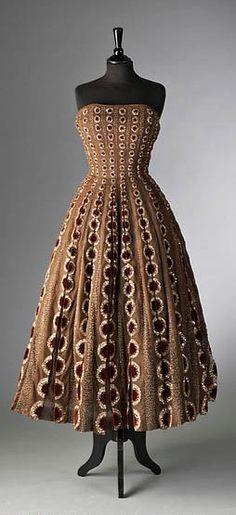 Dior Dress - HC - 1952 jαɢlαdy
