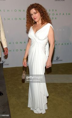 Sutton Foster, Bernadette Peters, Cfda Awards, Girls With Red Hair, Classic Actresses, Voluptuous Women, Celebs, Celebrities, Classic Beauty