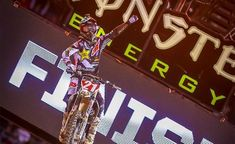 Jason Anderson Rallies To Spectacular Monster Energy Supercross Win in Oakland
