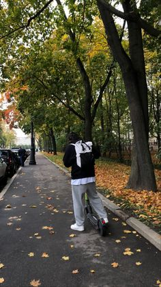 Autumn Inspiration, Life Inspiration, Rain Days, Season Of The Witch, Christian Girls, Autumn Cozy, Autumn Aesthetic, Best Seasons, Hello Autumn