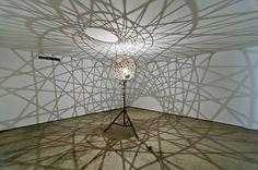 Olafur Eliasson, Five fold sphere projection lamp, 2004