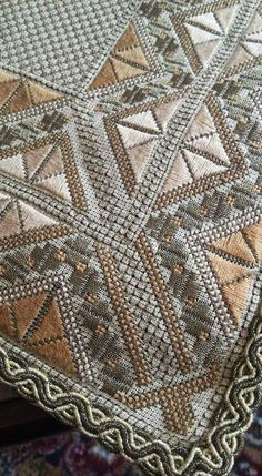 Cross Stitch Embroidery, Cross Stitch Patterns, Crochet Patterns, Bargello, Filet Crochet, Needlepoint, Bohemian Rug, Diy And Crafts, Quilts