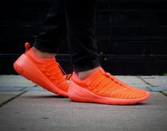 Nike Payaa QS: Hot Lava