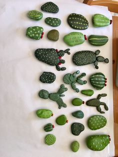 DIY Painting Cactus Rock Art Ideas - Balcony Decoration Ideas in Every Unique De. - DIY Painting Cactus Rock Art Ideas – Balcony Decoration Ideas in Every Unique Detail Informations - Decoration Cactus, Cactus Craft, Cactus Cactus, Indoor Cactus, Balcony Decoration, Cactus Diys, Mini Cactus, Cactus Flower, Rock Crafts