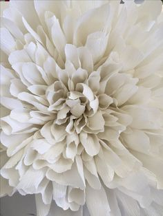 crepe paper flowers, DIY paper flowers, crepe paper crafts, crafts for kids, wedding backdrop flowers, paper flower wedding backdrop, flower art, glitzy pear crafts,