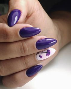 Similarly, purple nail design is also ignored. Nail art is another way of expressing our personality. Light Purple Nails, Purple Glitter Nails, Purple Nail Art, Purple Nail Designs, Acrylic Nail Designs, Nail Art Designs, Popular Nail Designs, Creative Nail Designs, Beautiful Nail Designs