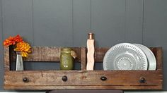 Reclaimed Wood Pallet Shelf | The Rustic Chick Boutique