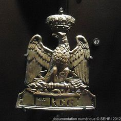 Plaque de shako du 1er régiment [garde impériale] Napoleon Josephine, Empire, Buddha, Helmet, Wings, French, Statue, Licence Plates, Guns