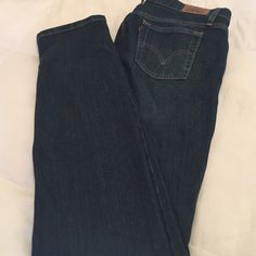 Levis Jean Levi's Jean in very good condition , ordered but was not my size . Levi's Jeans