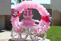 princess theme centerpieces | Balloon Carriage Frame