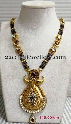 Wedding Jewellery Designs, Gold Jewellery Design, Wedding Jewelry, Diamond Mangalsutra, Gold Mangalsutra Designs, Gold Temple Jewellery, India Jewelry, Pakistani Jewelry, Latest Jewellery