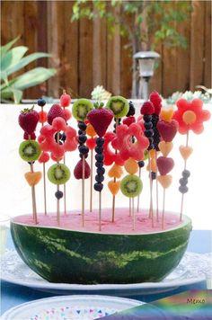Snacks Für Party, Party Drinks, Party Desserts, Party Recipes, Kids Party Menu, Party Food Menu, Gourmet Desserts, Picnic Recipes, Baking Desserts