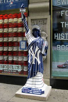 NYC: Statues on Parade - New York Yankees