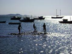 Esculturas de pescadores em Búzios