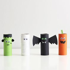 15 Spooktacular Halloween Crafts For Kids is part of Kids Crafts Halloween Toilet Paper Rolls Some of the best activities for kids to do are crafts Not only are they entertained while making someth - Deco Haloween, Dulceros Halloween, Halloween Infantil, Halloween Arts And Crafts, Adornos Halloween, Manualidades Halloween, Halloween Crafts For Toddlers, Toddler Crafts, Diy For Kids