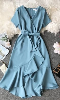 Vintage Dress Elegant Vintage Dress Elegant,F A S H I O N Related Trending Work & Office Outfit Ideas For Women 2019 - The Finest Feed - Work outfits Trending Summer Outfits. Dressy Dresses, Sexy Dresses, Cute Dresses, Vintage Dresses, Fashion Dresses, Summer Dresses, Sparkly Dresses, Pink Dresses, Wrap Dresses