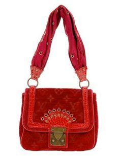 Glamour  Serafini Amelia  The World's Most Popular Handbags