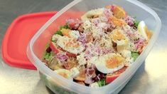 Ein saftig god kyllingsalat er enkelt å putte i sekken og flott niste når ein skal ha matpause. Vinaigrette, Squash, Potato Salad, Salad Recipes, Nom Nom, Pineapple, Salads, Food And Drink, Pasta