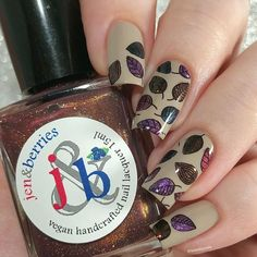 [pr samples] Today I also wanted to share some nail art with new Autumn is Better in New England Collection, and, of course,… Autumn Nails, Berries, Nail Polish, Nail Art, England, Beauty, Collection, Nail Polishes, England Uk