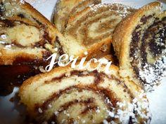 Orechová plnka excelentná (fotorecept) - recept | Varecha.sk Slovak Recipes, Czech Recipes, Russian Recipes, Sweet Desserts, Sweet Recipes, Challa Bread, Christmas Baking, Hot Dog Buns, Baked Goods