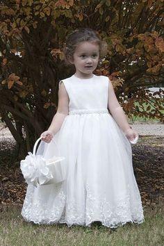 35deeda8900 Endearing and Popular Organza Sleeveless White Flower girl Dresses