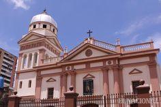Iglesia parroquial de Santa Rosalia de Palermo, entre las esquinas Santa Rosalia Y Candelito. #Iglesia #Caracas #Venezuela