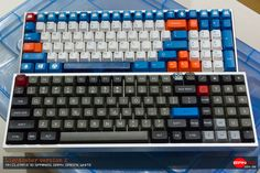 bianco's Lightsaver v1 and v2, DSA Dolch and Raindrop with some orange caps.
