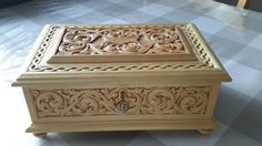 Carved by Toril 3d Cnc, Wooden Keepsake Box, Chip Carving, Wood Chest, Woodworking Box, Antique Boxes, Wood Tree, Pretty Box, Craft Box