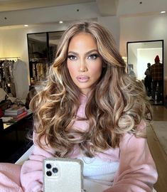 Hair Color And Cut, Cool Hair Color, Gorgeous Hair Color, Hair Colour, Celebrity Hair Colors, Celebrity Long Hair, Colored Curly Hair, Celebrity Hairstyles, J Lo Hairstyles