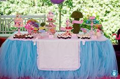 """Alice in Wonderland party tablescape. The """"apron"""" on the """"skirt"""" is a great touch!"""