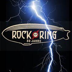 http://polyprisma.de/wp-content/uploads/2015/06/rar.jpg Rock am Ring: Ins Wasser gefallen? http://polyprisma.de/2015/rock-am-ring-ins-wasser-gefallen/ Nach wohl dramatischen Szenen, als in der Nacht von Freitag auf Samstag eine Gewitterzelle nichts besseres zu tun hatte, als sich über dem Gelände des Rock am Ring auszutoben – ausgerechnet beim 30. Jubiläum – sind die Veranstalter, die Feuerwehr und die Polizei mit Aufräumarbeiten be...