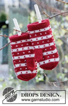 Candy Cane Lane Mittens - Knitted mittens with Nordic pattern for children in Drops Karisma. Free knitted pattern DROPS Children - Free knitting patterns by DROPS Design Baby Knitting Patterns, Knitting For Kids, Baby Patterns, Scarf Patterns, Drops Design, Mittens Pattern, Knit Cowl, Models, Yarns