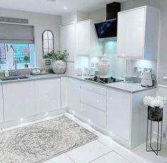 Living Room Wall Designs, Decor Home Living Room, Home Room Design, My Living Room, House Design, Home Decor, Kitchen Dinning, Kitchen Decor, Kitchen Art