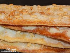 Coca de vidre (ver receta...) Pan Dulce, Sweet Recipes, Cake Recipes, Dessert Recipes, Beignets, Tapas, Thermomix Desserts, Sweet Little Things, Spanish Dishes