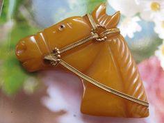 Bakelite Horse Pin , Butterscotch Bakelite , Equestrian Jewelry , Vintage Bakelite , 1930s Bakelite, Figural Jewelry ,Estate Jewelry, Horses