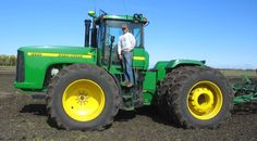 tractor    John Deere Tips for Tractor Safety