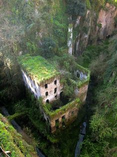66 Of the most beautiful abandoned places (part1 33pics)