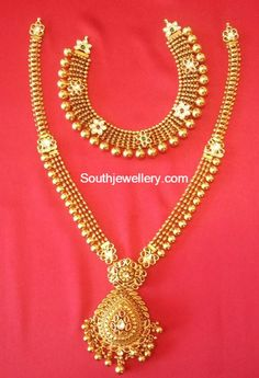 antique_necklace_and_long_chain