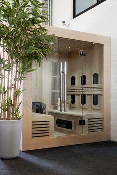 moderne infrarood sauna welke ook uitgevoerd kan worden als combinatie model met traditionele sauna Cabine Sauna, Garage Doors, Outdoor Decor, Modern, Design, Home Decor, Homemade Home Decor, Trendy Tree