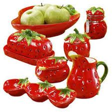 12 piece strawberry dinnerware set from ginnys in the - Strawberry kitchen decorations ...