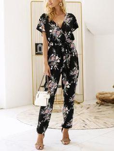 04915e947db Vintage Floral Print V-neck Jumpsuit