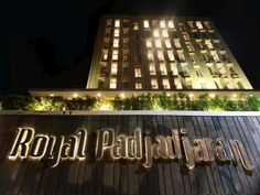 Bogor Hotel Royal Padjajaran Bogor Indonesia, Asia Hotel Royal Padjajaran Bogor is conveniently located in the popular East Bogor area. The hotel offers a wide range of amenities and perks to ensure you have a great time. 24-hour room service, free Wi-Fi in all rooms, 24-hour security, daily housekeeping, taxi service are there for guest's enjoyment. All rooms are designed and decorated to make guests feel right at home, and some rooms come with towels, mirror, internet access...