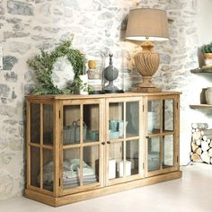 Solid oak glazed sideboard W Dining Room Buffet, Dining Room Furniture, Home Furniture, Sofa Table Decor, Interior Design Inspiration, Furniture Makeover, Home And Living, Diy Home Decor, Sweet Home
